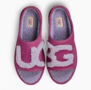 NEW Women's UGG Slippers size 9